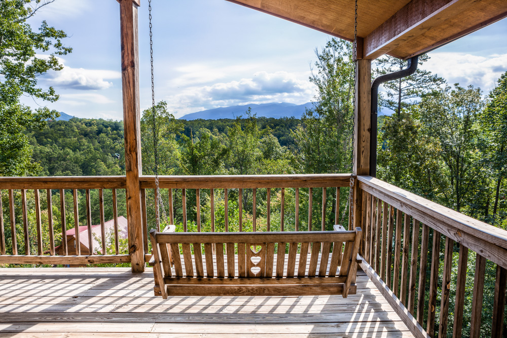 exterior rental county gatlinburg at cabin hazy in days tn sevier bedroom cabins